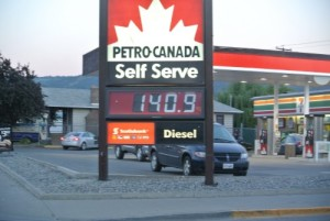 Gas price, the availability of fuel Photo KDG