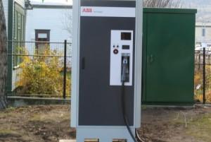 500 volt 120 amp quick charger